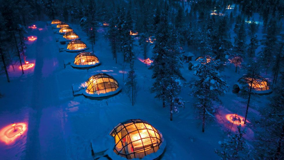 Glass Igloo Hotel Offers Stunning Views Of The Northern Lights (PHOTOS