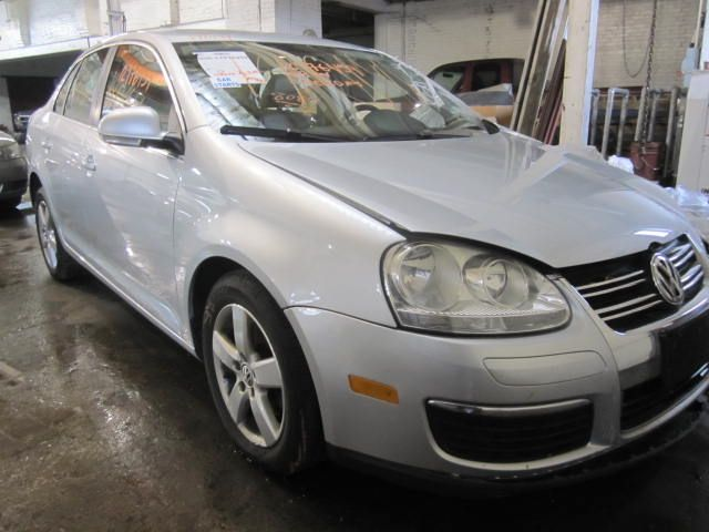 Parting out 2009 Volkswagen Jetta – Stock # 140141 « Tom's Foreign Auto Parts – Quality Used Auto Parts