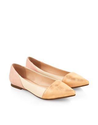 Colour Block Point Shoes
