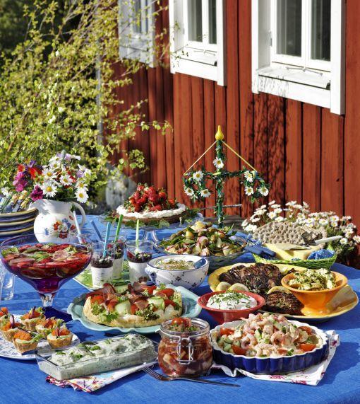 Summer Wedding Food: Midsummer Buffe In Sweden