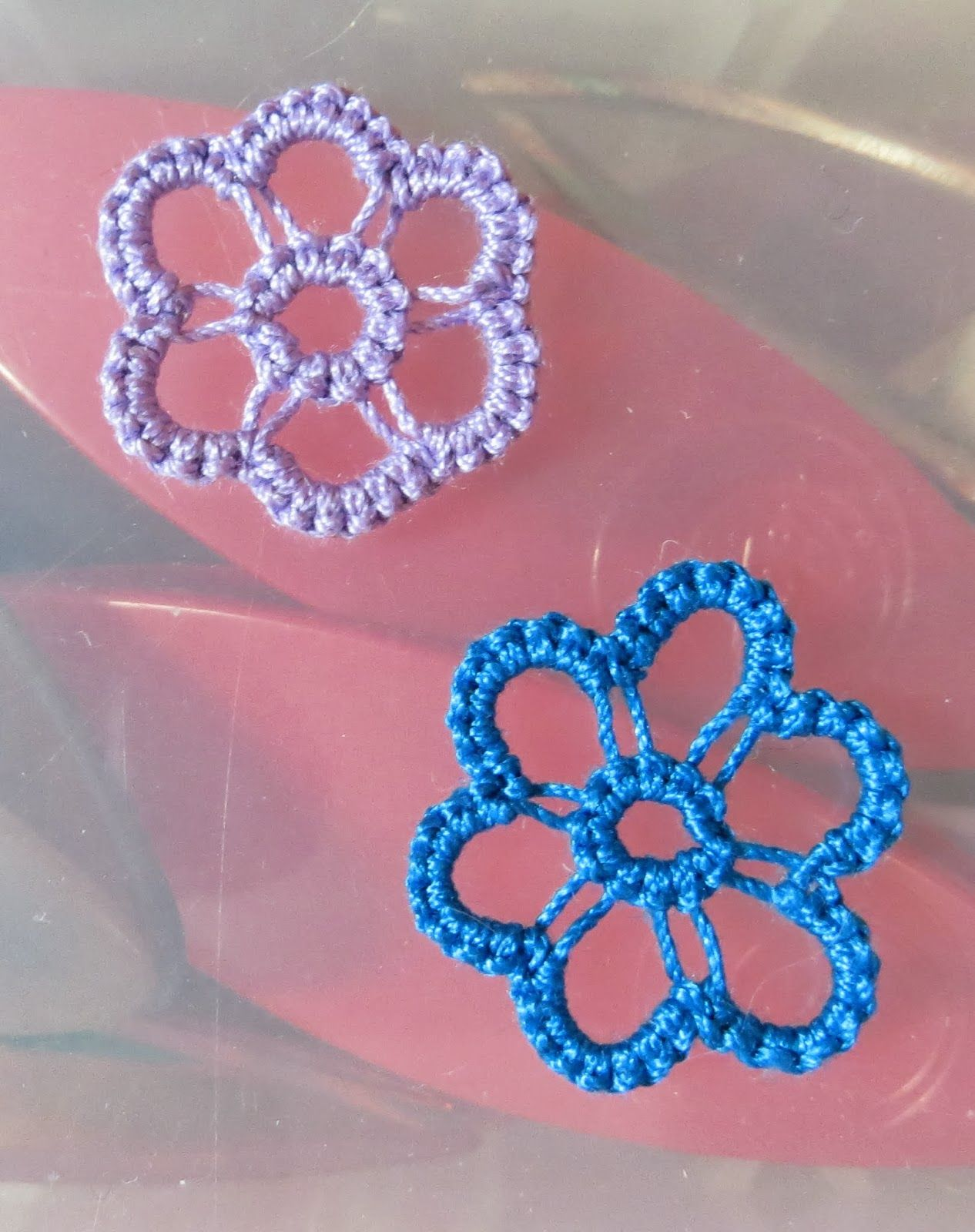 Stitches of Life II: tatting. Nice way to use up leftover bits of thread- very pretty.