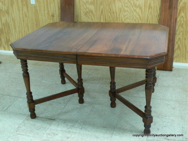 Antique Dining Table With 6 Legs Lot 4 Antique American Black Walnut Six Leg Dining Table Dining Table Dining Table Legs Victorian Dining Tables