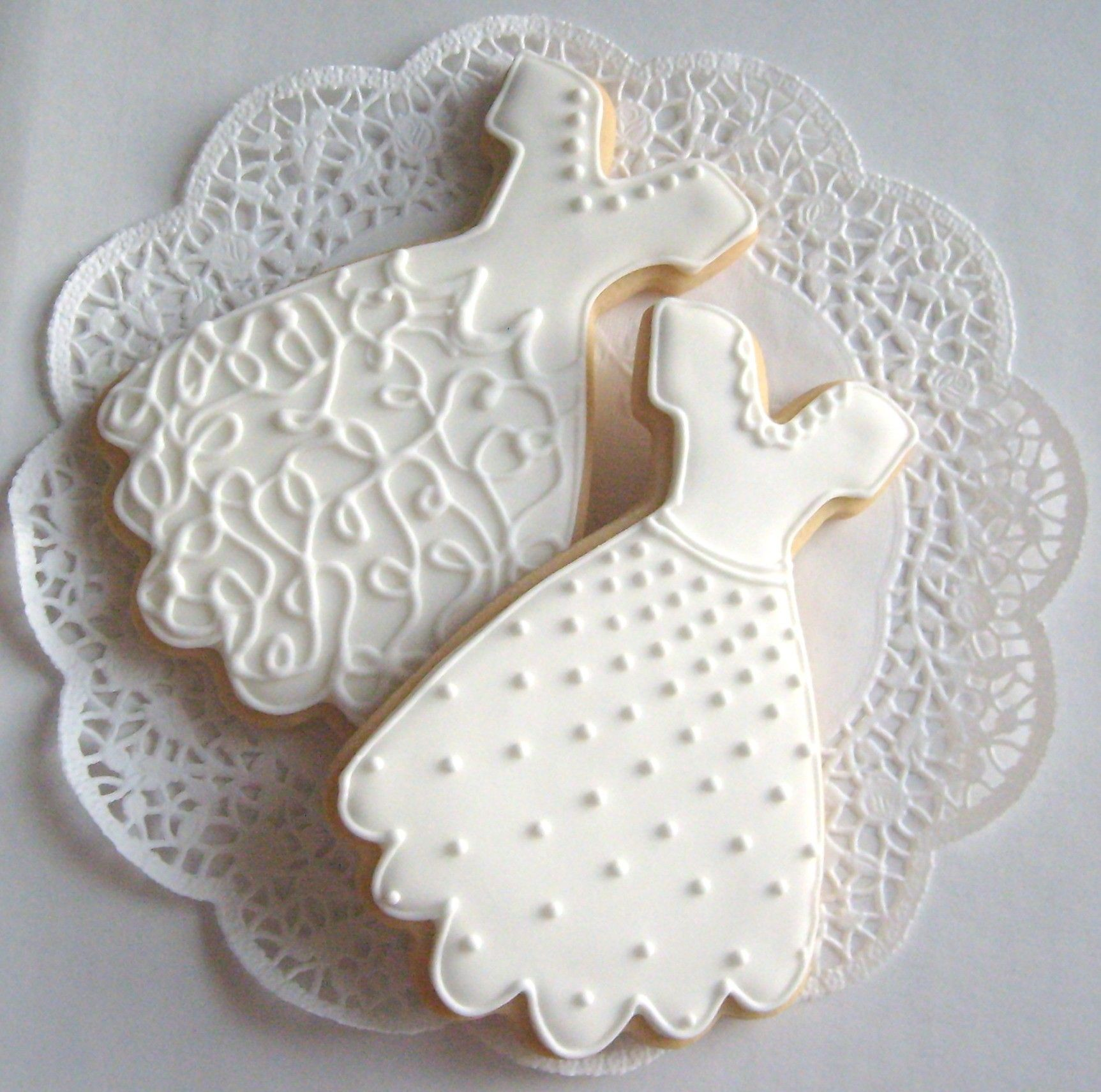 WEDDING DRESS COOKIE FAVORS - Decorated Wedding Dress cookie Favors ...