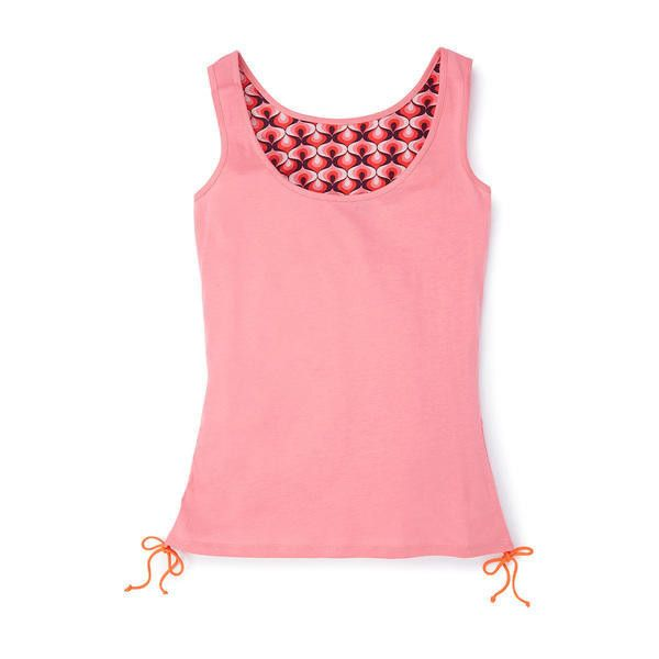 Boden Yoga Tank Top ($23) ❤ liked on Polyvore featuring activewear, activewear tops, pink, yoga activewear et boden