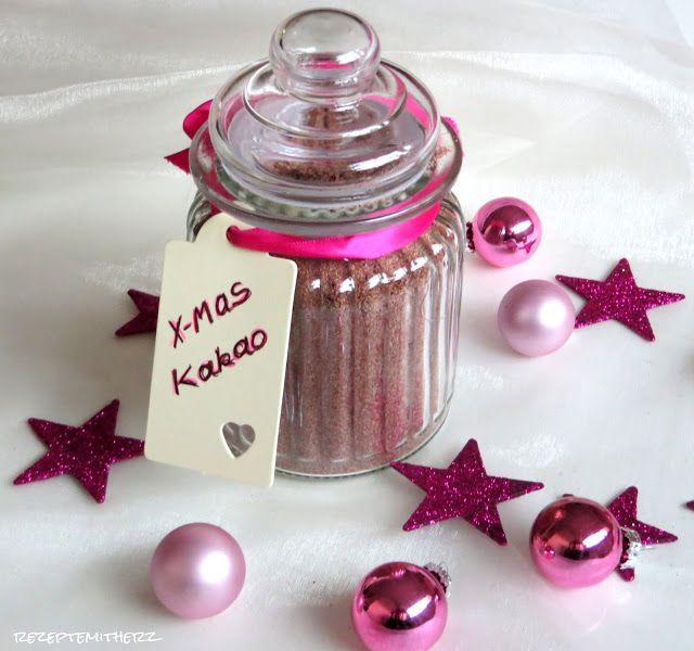 Ein weihnachtlicher Kakao, der so schön von innen wärmt und voll aromatischer Gewürze steckt.   An feuchtkalten Wintertagen,  brauchen Fro...