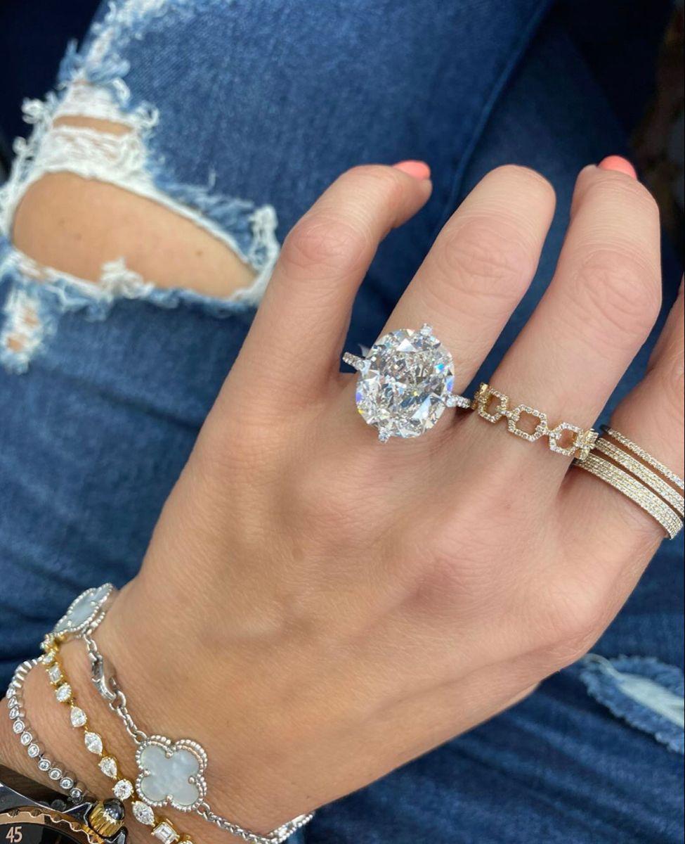 Pin On 10 Carat Club Miss Diamond Ring