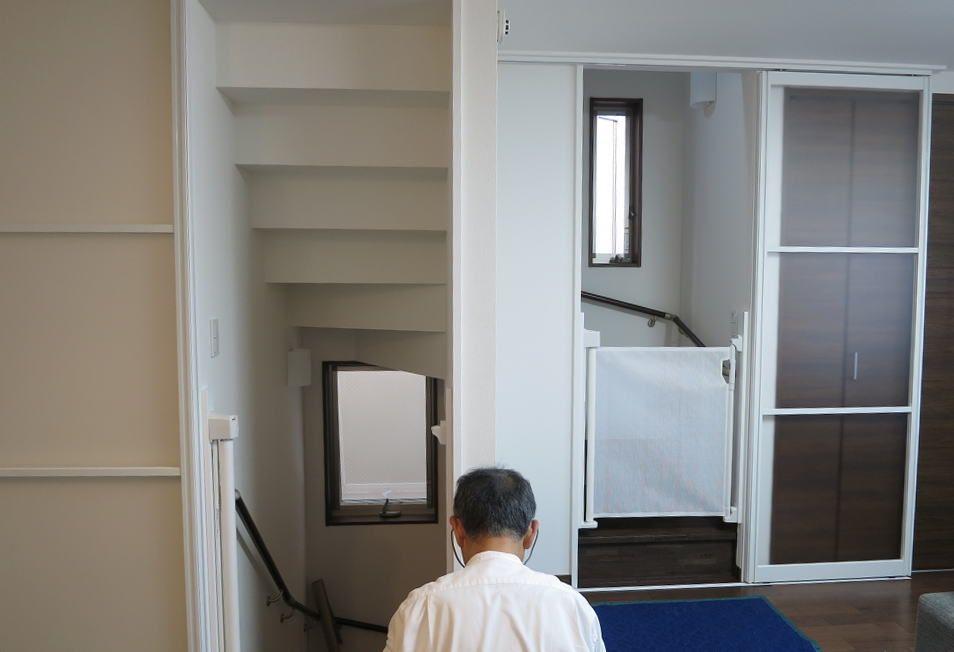3階建ての2階リビングに引き戸を取り付けしました 東京都大田区