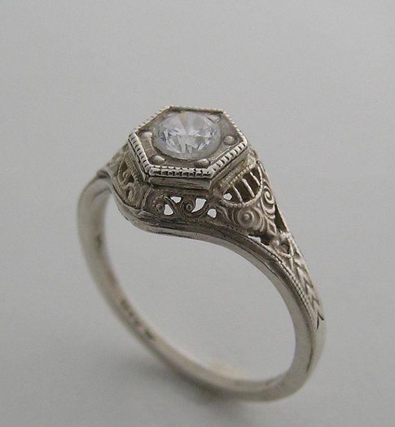 14k White Gold Filigree Antique Art Deco Style Diamond Ring Etsy In 2020 Antique Wedding Rings Antique Engagement Rings Wedding Rings Art