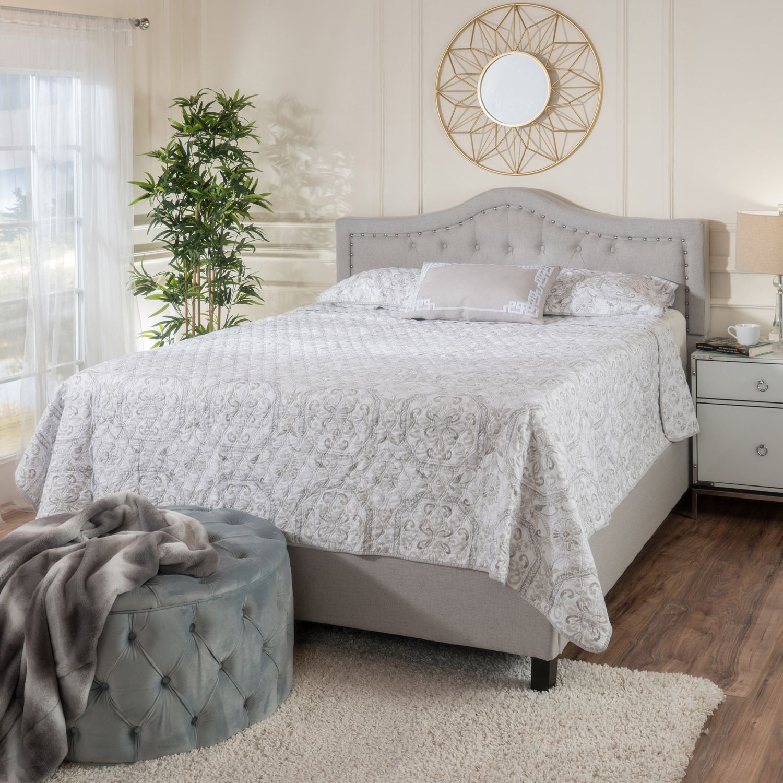 Best Light Gray Lucca Queen Upholstered Bed Set Grey 640 x 480