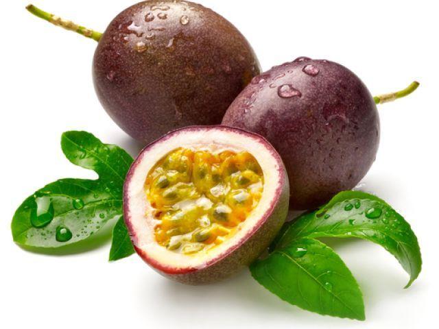 Organic Yellow Passion Fruit Seeds  Sweet Fruit Juice Garden Bonsai Tropical
