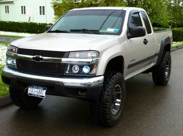 Chevy Colorado lifted.... Dream truck