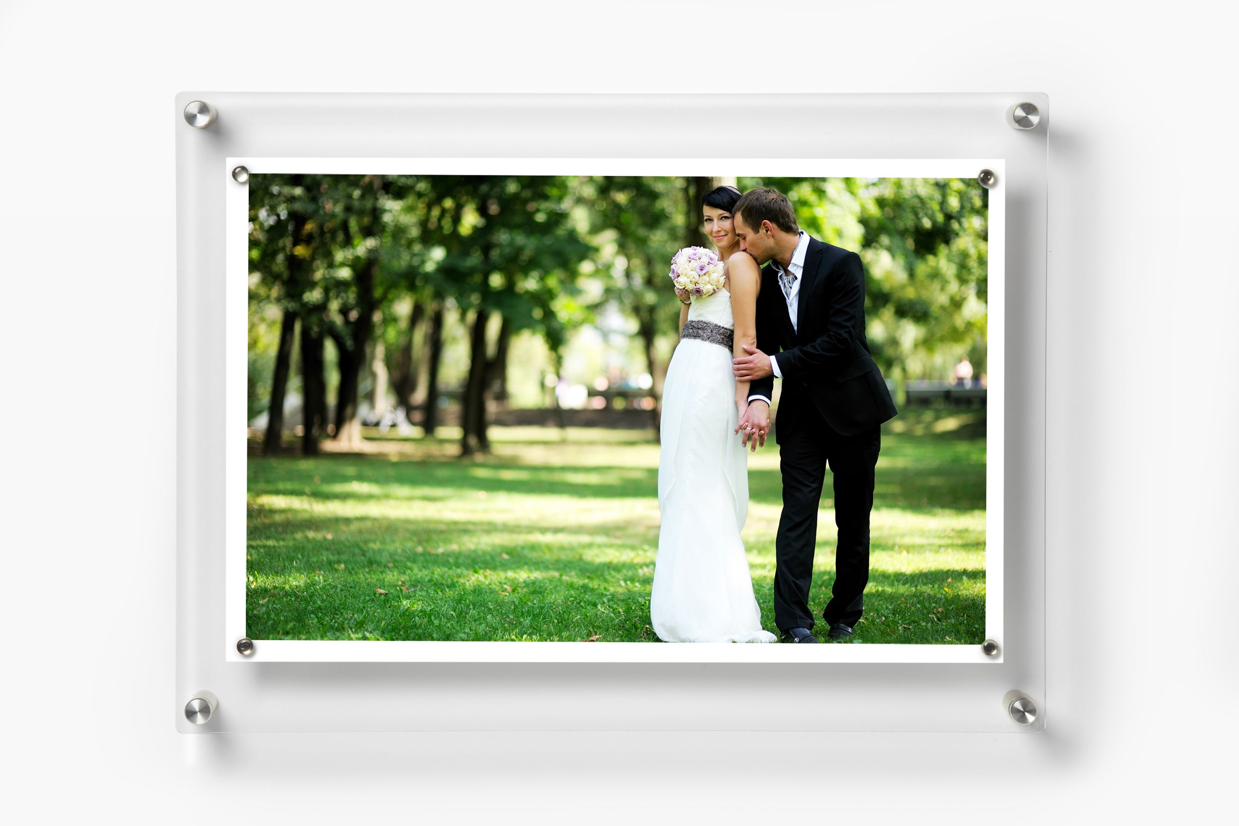 14 X 19 Easy Change Float Frame Magnets For 11 X 17 Art Silver Or Gold Frames On Wall Art Display Kids Floating Acrylic Frame
