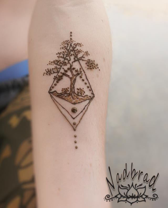 Geometric Tree Henna Design At The Henna Lounge Henna Pinterest
