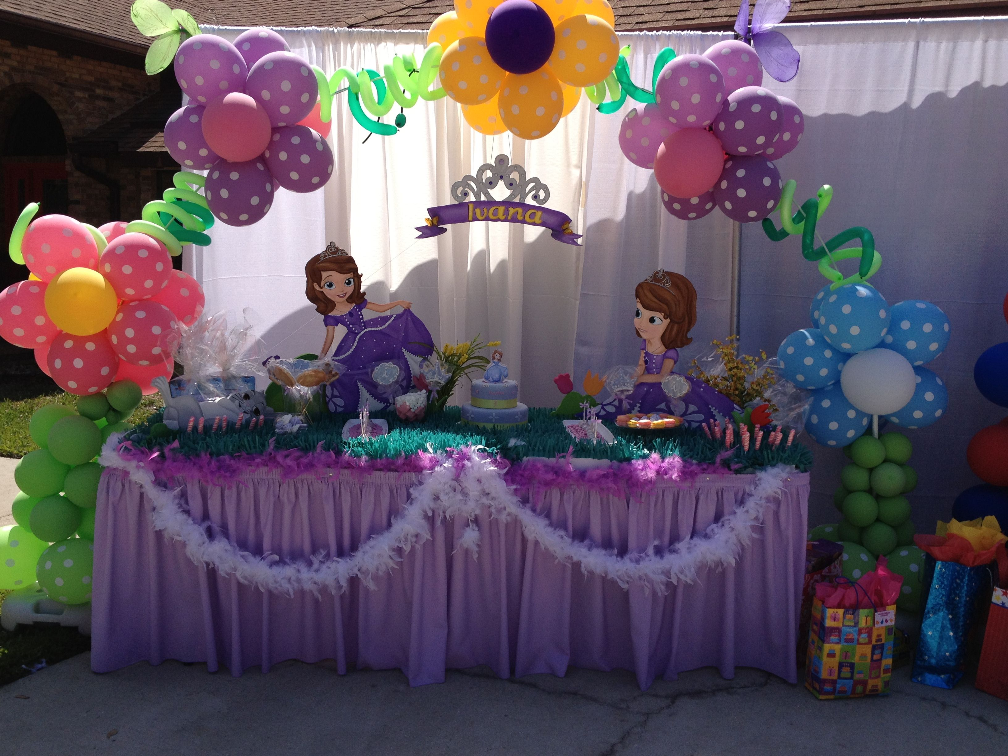 Sofia The First Principal Table
