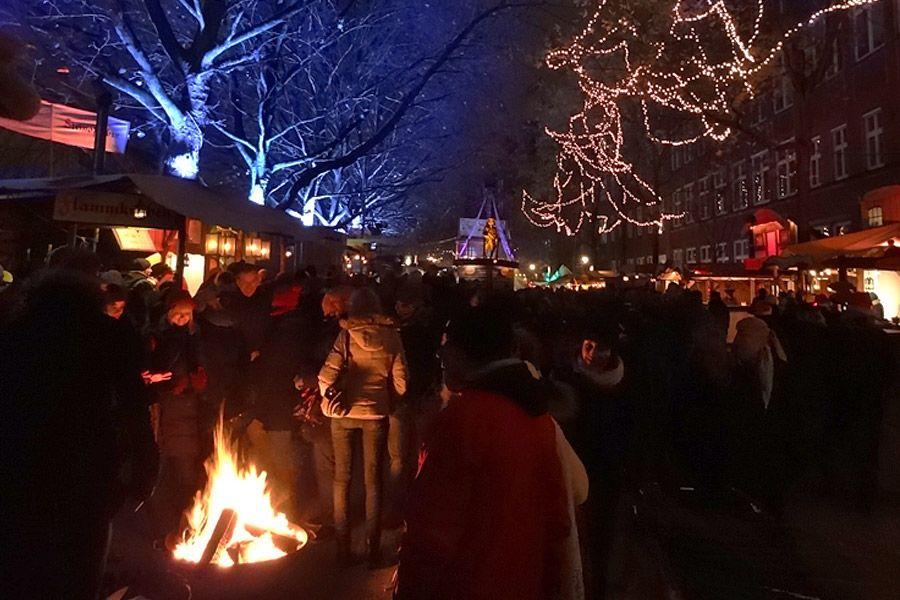 Feuer Bremen historischer markt beim schlachte zauber in bremen http