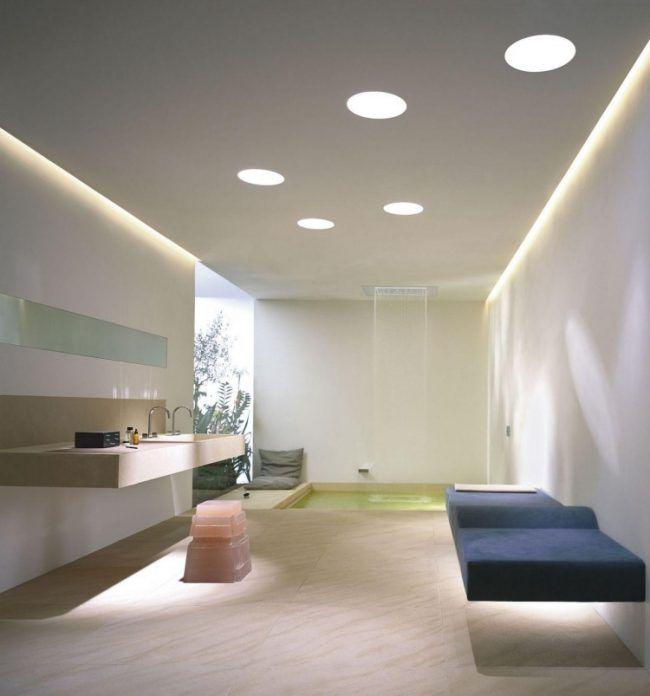 Abgehängte Decke mit indirekter Beleuchtung als Dekoration Wand - abgehängte decke küche
