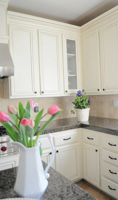 How to paint oak cabinets | Painted oak cabinets, White paints and ...