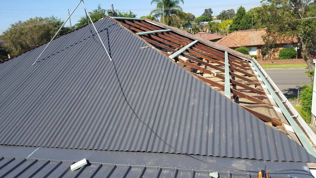 Roof Cleaning Services In 2020 Roof Restoration Skillion Roof Roof Cleaning