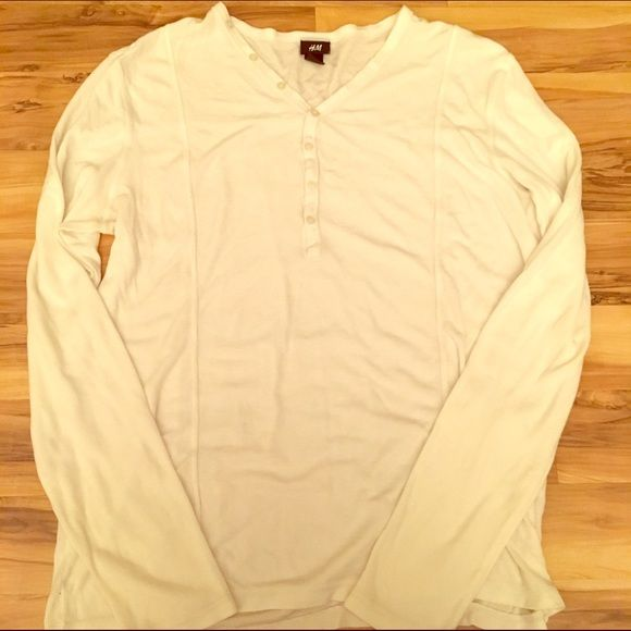Men's H&M v-neck Henley! Very cute & like new!! Men's white v-beck Henley that was also worn once! This is a great item to have for the upcoming warm summer months & fit for any season. Great for many occasions as well & a great gift for the man in your life!  H&M Tops Tees - Long Sleeve