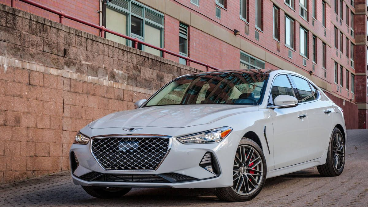 The 2019 Genesis G70 3.3T Is a Worthy 3series Competitor