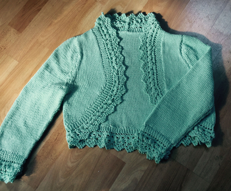 Bolero / Shrug in DK yarn Free pattern from Love Knitting ...