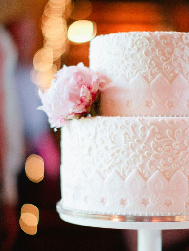 Vintage Elegant Pink and White Florida Wedding via TheELD.com