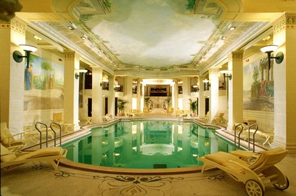 Graeco Roman Pool In The Spa On The Ground Floor Of L Hotel Ritz Hotels In France Paris Hotels The Ritz Paris