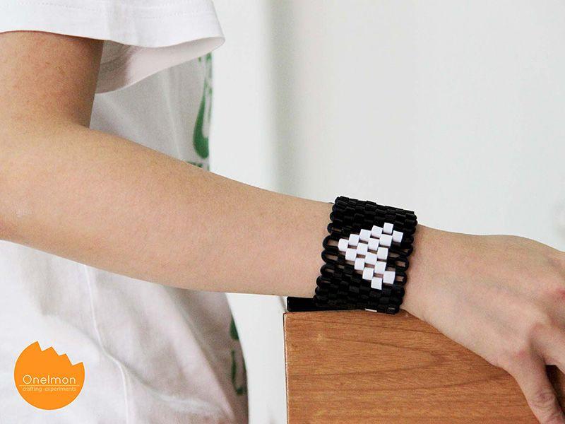DIY Tutorial: Drinking Straw Bracelet   onelmon