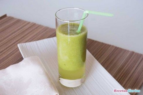 zumo-de-pera-kiwi-y-lima