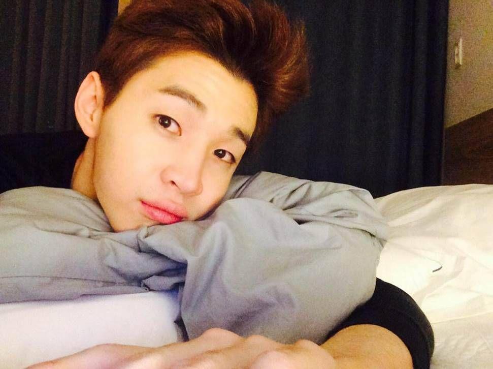 Super Junior S Henry Asks Sasaeng Fans To Let Him Sleep Super Junior Henry Lau Super