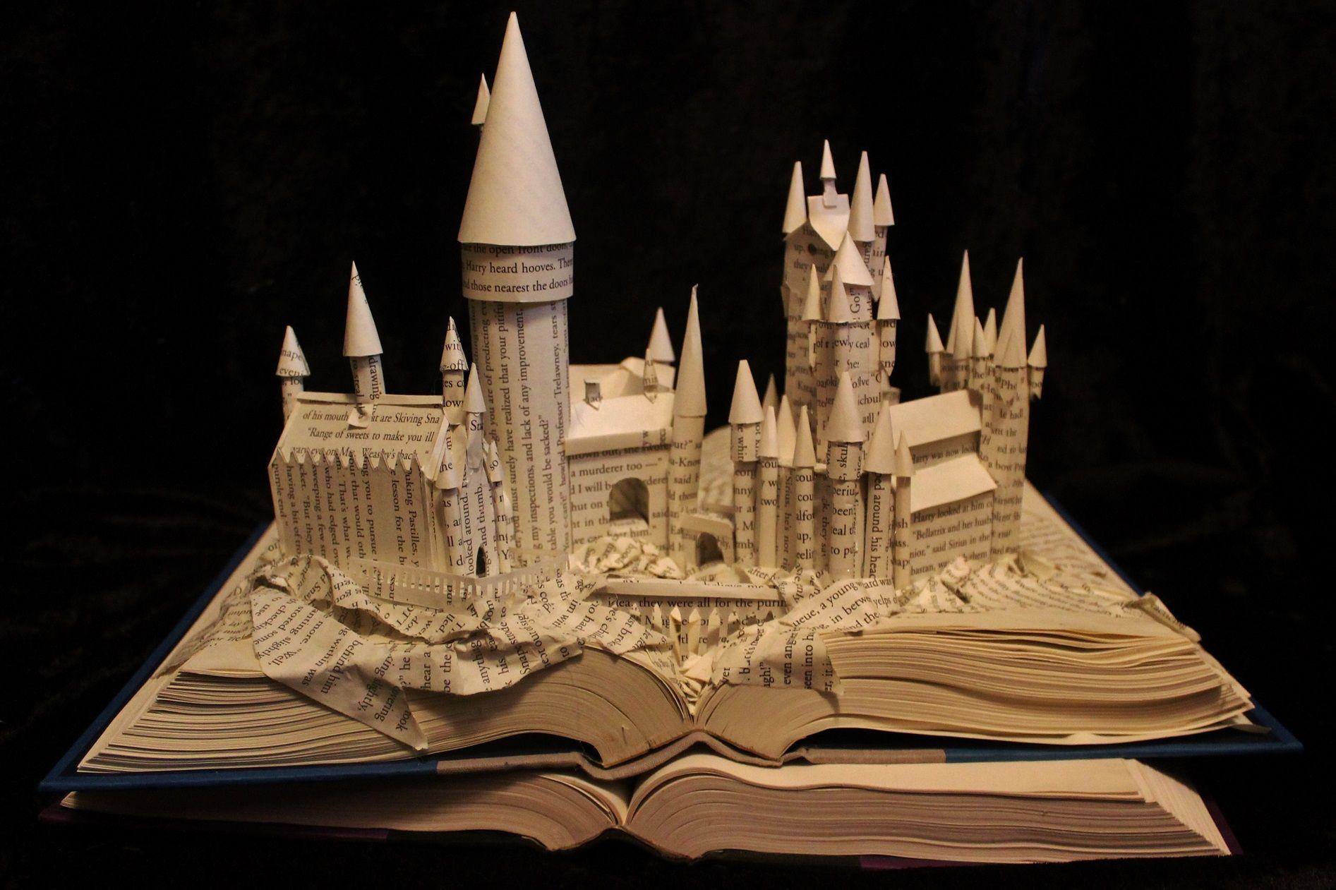 Harry Potter Book Art Hogwarts Jodi Harvey-Bro...