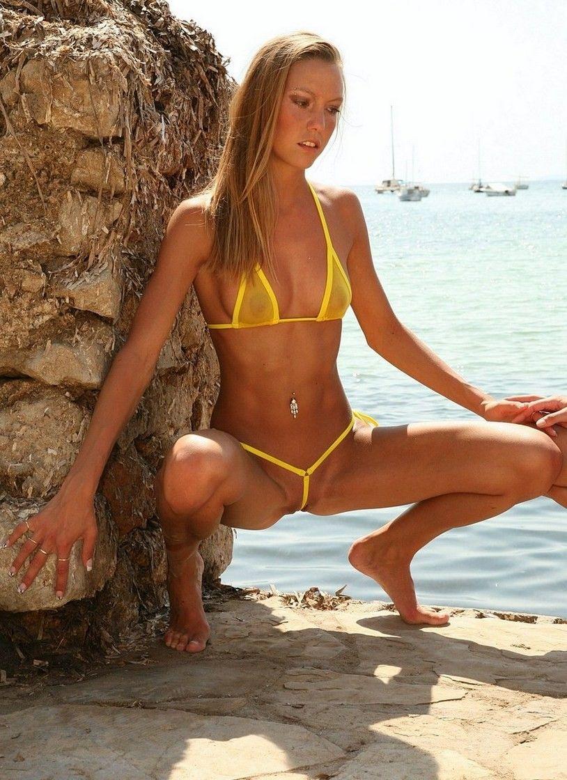 Extreme bikini girls
