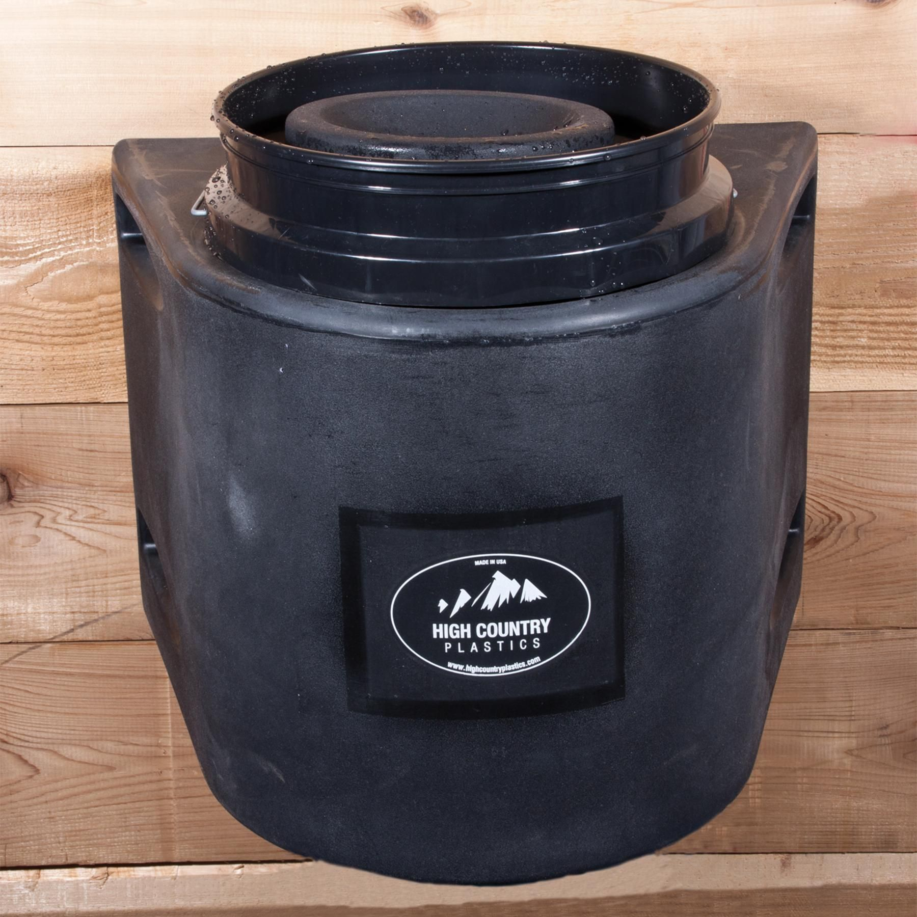 High Country Insulated Bucket Holder In Winterize Your Horse Water Bucket Horse Water Insulated