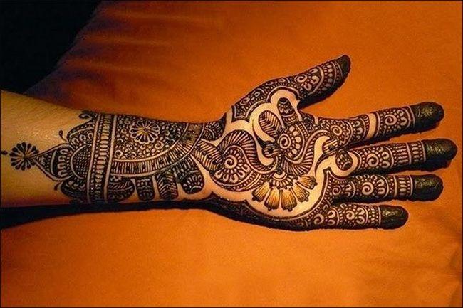 Mehndi Hand With Eye : Fancy mehndi designs for punjabi girls fashi