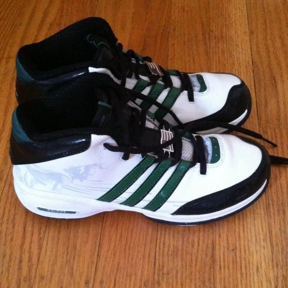Youth Kevin Garnett Adidas Like new Kevin Garnett Adidas. These are very  gently used.