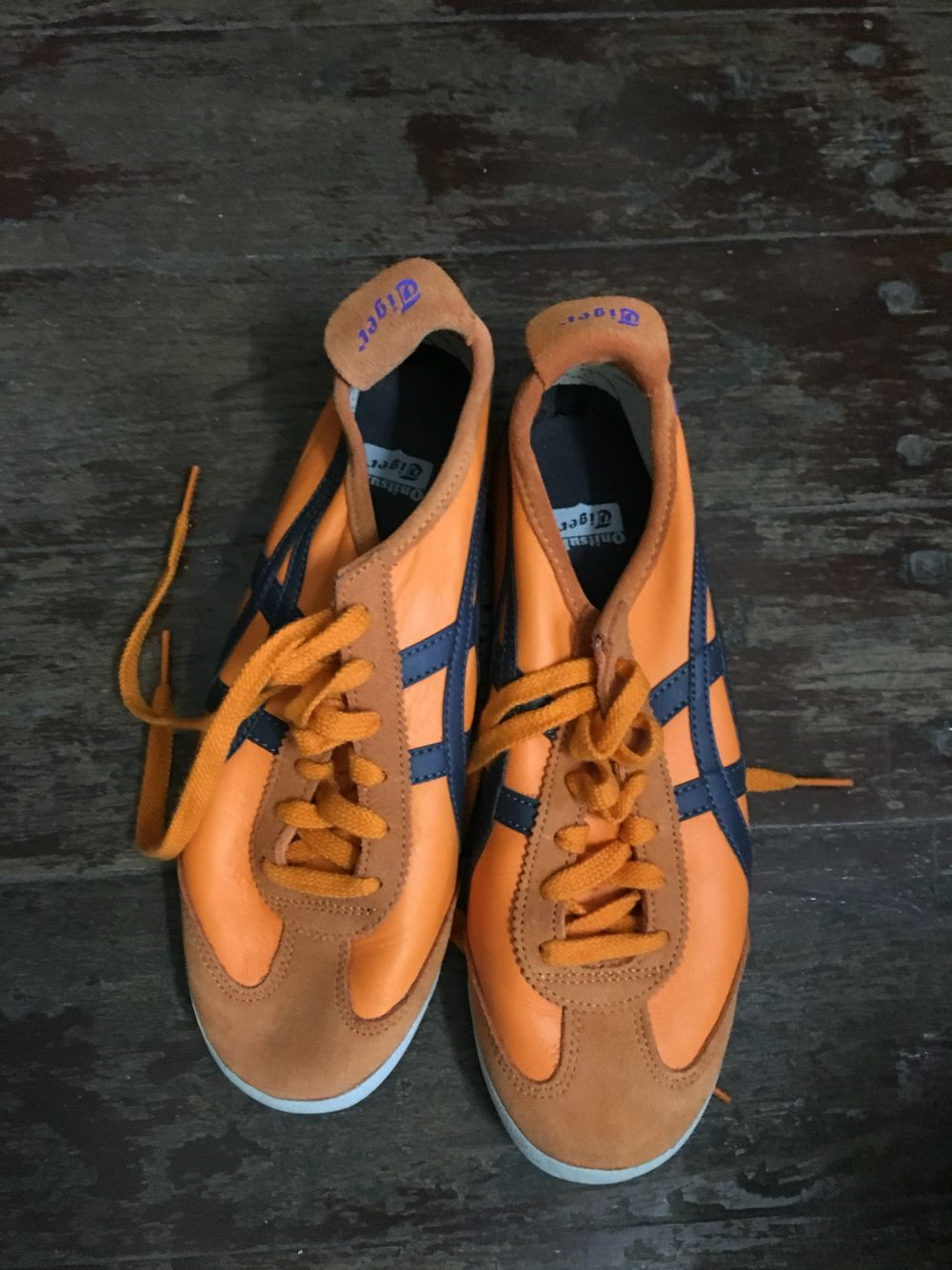 Onitsuka Tiger (Orange) | Trunk 1-Under The Bed ( Right Side ...