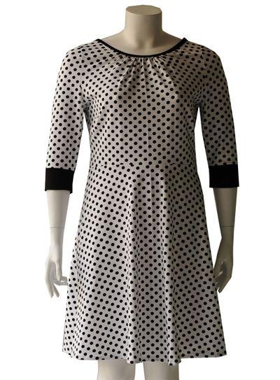 0d0b4f762b0 Hvid plus size jersey kjole med prikker | Amamiko | Plus size ...