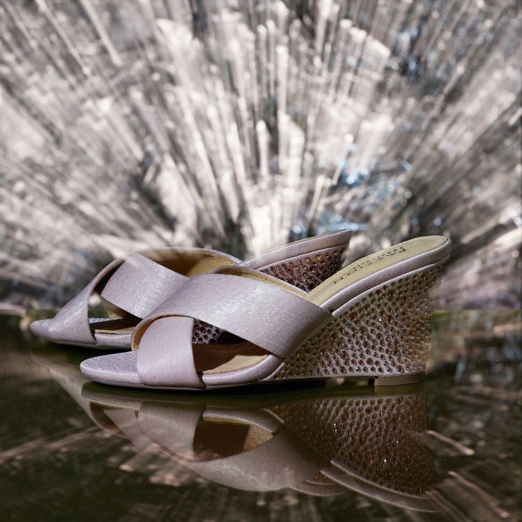 50d1ce92d7f4 3041-1 Pink Criss Cross Wedge Sandals