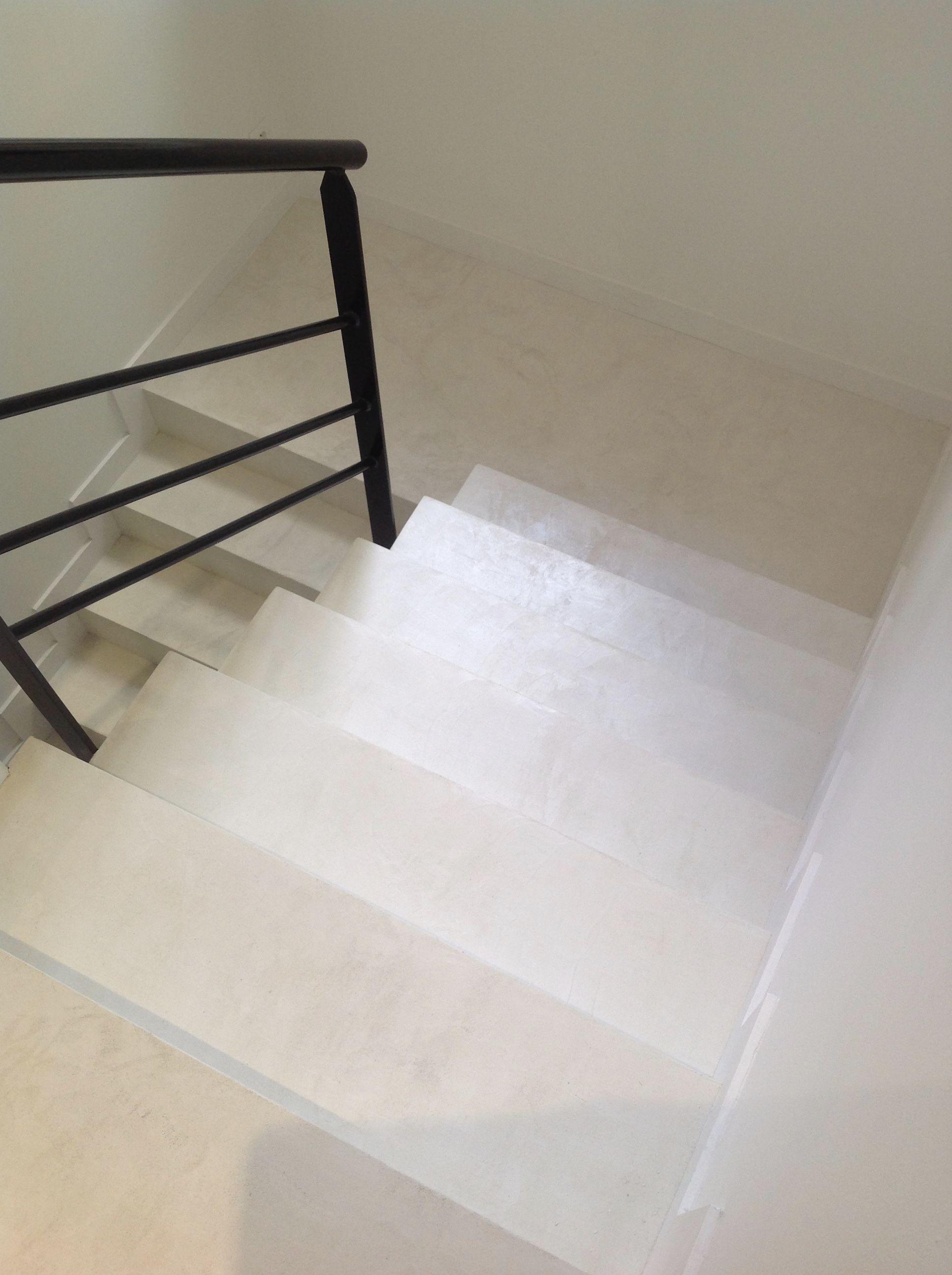 Helle Treppe In Beton Cire Mehr Infos Unter Www Farbefreudeleben De Escalier Beton Escalier En Colimacon Escalier
