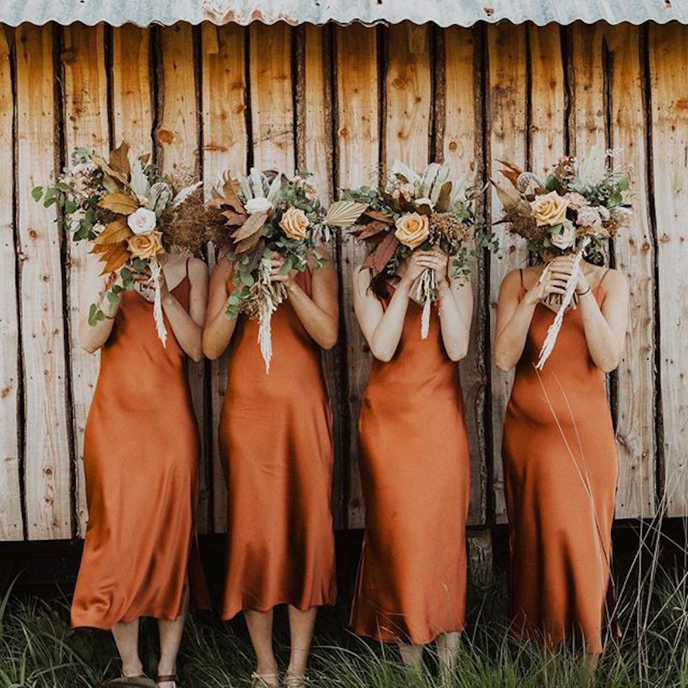 Wedding Party Photo Faux Pas What Not To Do Copper Bridesmaid Dresses Slip Bridesmaids Dresses Fall Bridesmaids