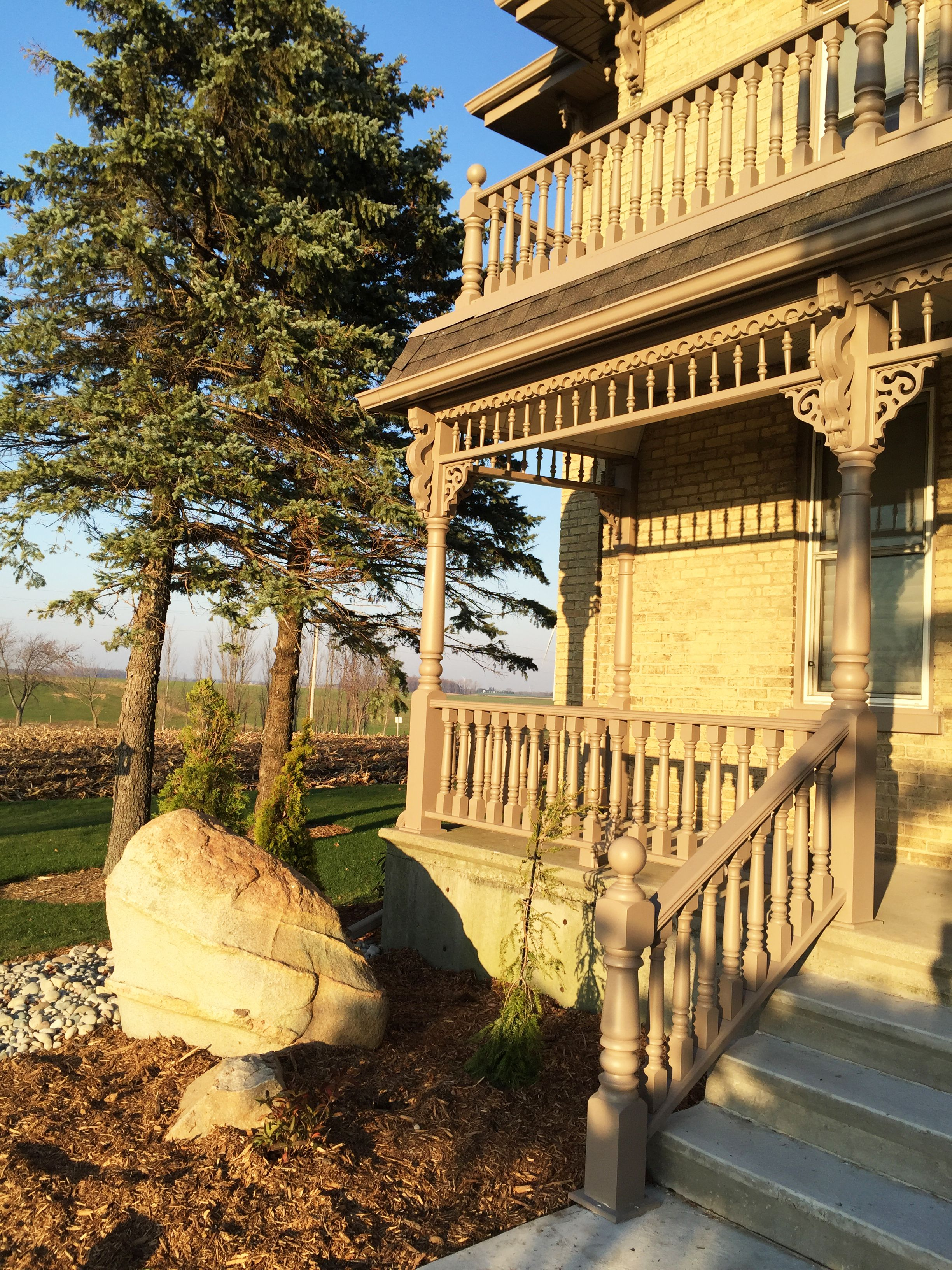 Porch Posts, Newels,spindles, Spandrels And Railings