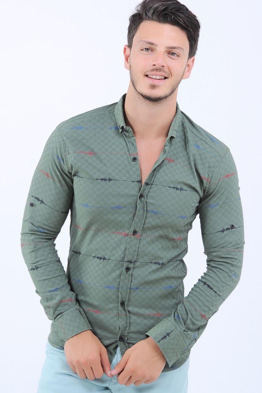 0e52ddc289bc8 Kırmızı Mavi Desen Yeşil Gömlek #giyim #indirim #kampanya #bayan #erkek #