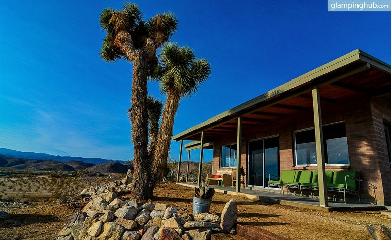 Cabin rental in joshua tree california glamping site