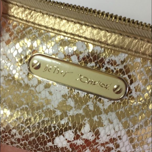 Betsey Johnson wallet Mini wallet. Never used! Betsey Johnson Bags Wallets