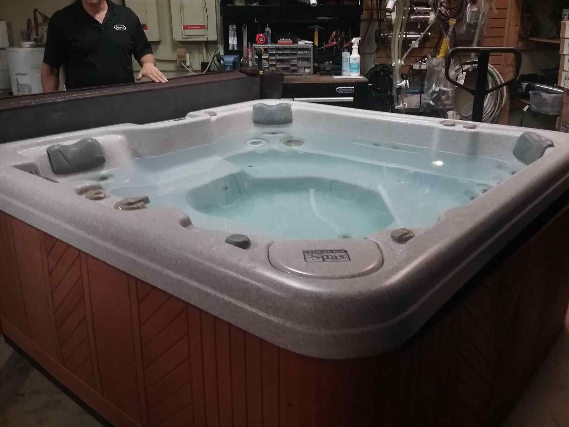 10+ Most Stunning Salt Water Hot Tub & Salt Water Hot Tub 101 ...