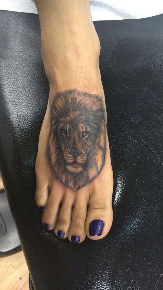 lion foot tattoo tattoos pinterest tattoo dream tattoos and rh pinterest com lion paw print tattoo tattoo lion paw