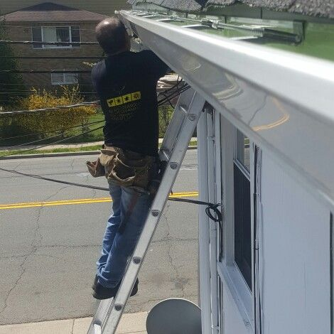Gutter Fascia Wood Soffit And Fascia Cap Installation In Teaneck Nj Guttercleaning Gutter Gutters With Images How To Install Gutters Cleaning Gutters Gutter Repair