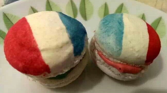 French flag macaroons
