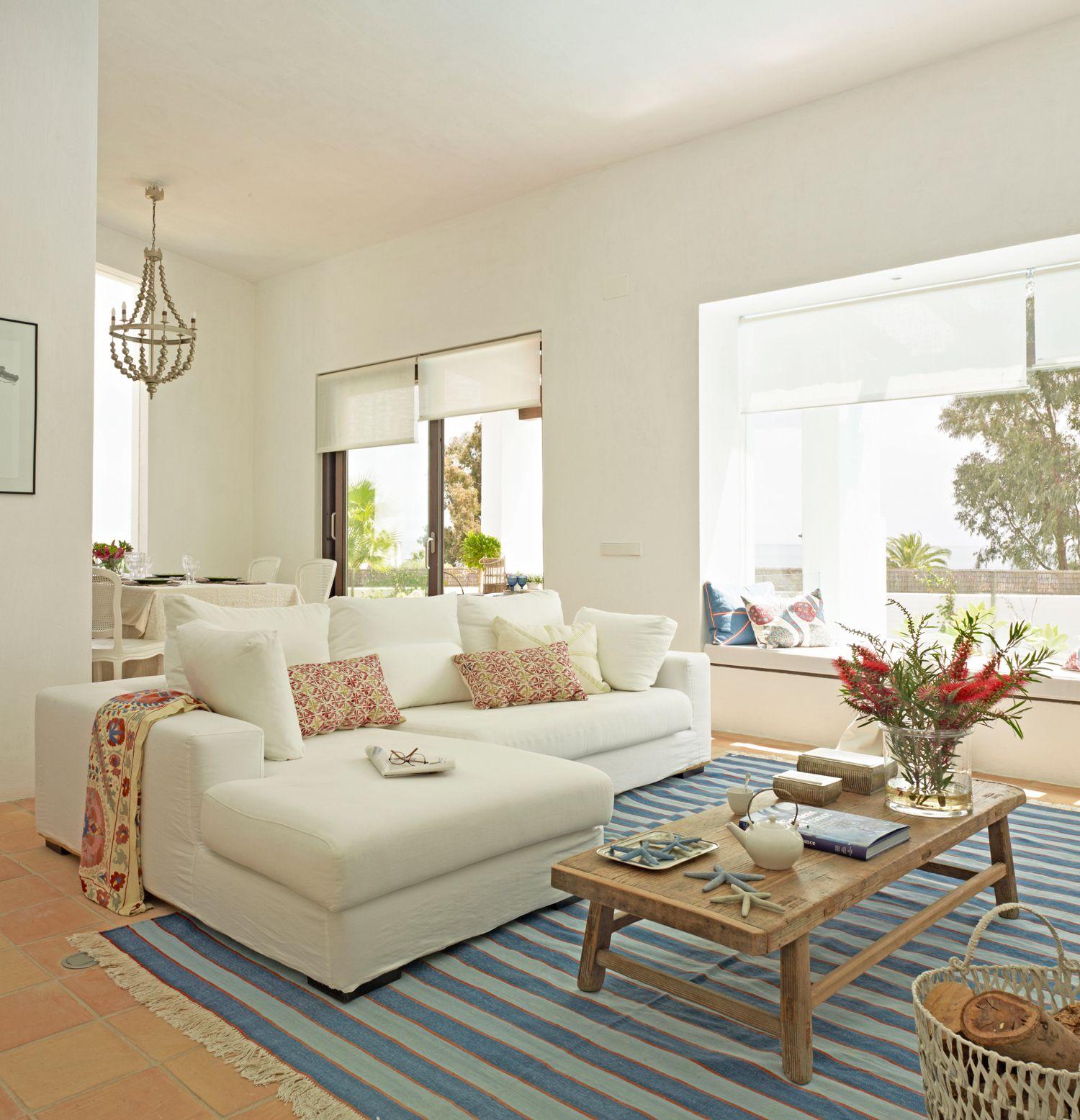 Puedo Colocar Un Sofá Con Chaise Longue Diseño De Sala Comedor Sofá De La Sala Decoracion De Salas Pequeñas