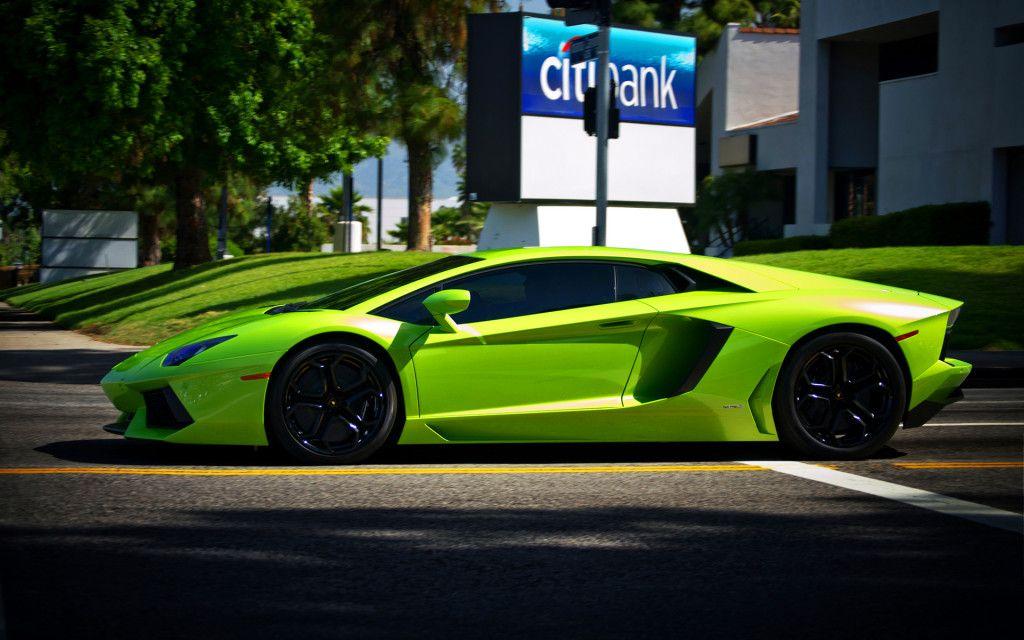 Green Lamborghini Veneno Wallpaper HD 1024x640
